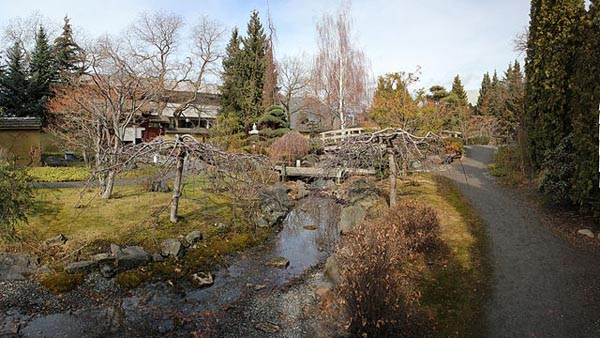 Kasugai Gardens - Image Credit: http://commons.wikimedia.org/wiki/File:Winter_009-mr_20_2011.jpg