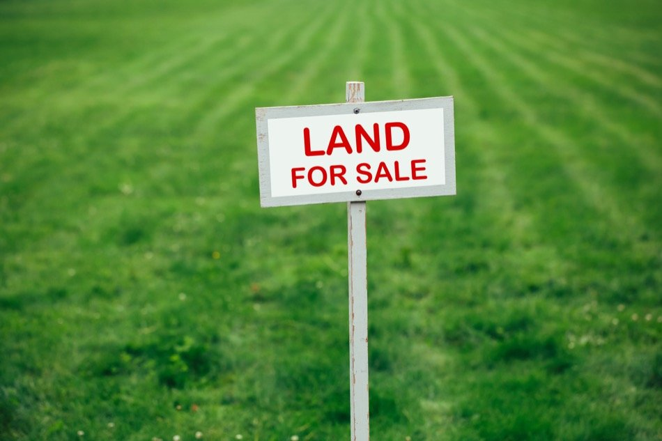 How to Buy and Sell Raw Land