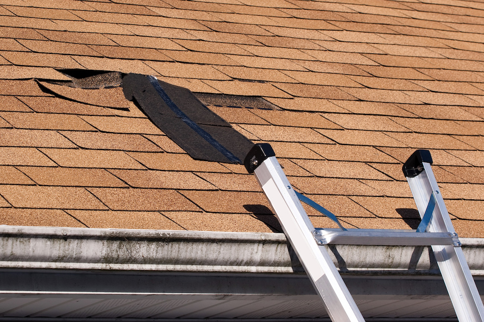 Tips for Resolving Home Roofing Problems