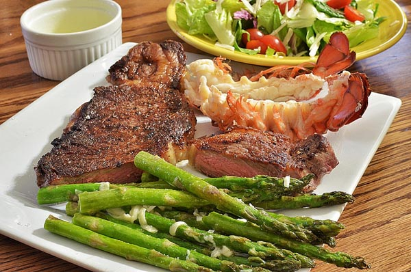 Steak and Lobster - Image Credit: https://www.flickr.com/photos/jeffreyww/8331713838